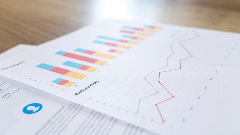 ilustrasi fitur software akuntansi - laporan keuangan